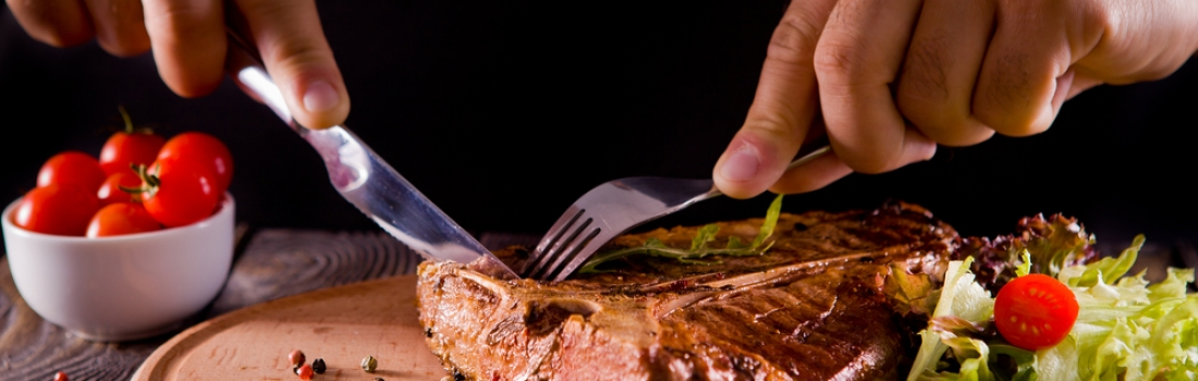 Why you always let your food rest before cutting into it